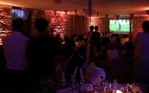 Eclairage d'ambiance de salle lors d'un mariage